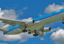 Найти дешевые билеты на самолет